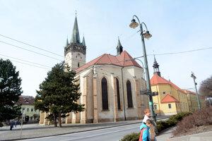 V Konkatedrále sv. Mikuláša v Prešove majú umiestnené hasiace prístroje a detektory dymu.