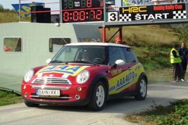 Na vynovenej trati v Rally Parku Veľké Zlievce.