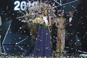 Miss Slovensko sa stala D. Kurtulíková z Bratislavy.