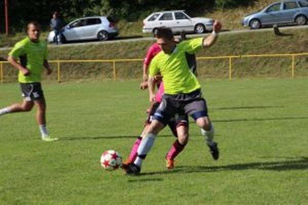 Vo finále boli lepší domáci  futbalisti Hornej Poruby.