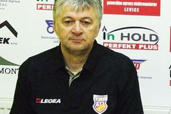 Tréner LAFC Lučenec Ladislav Molnár.