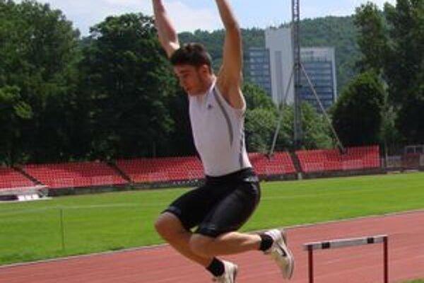 Najúspešnejší atlét MAC Redox Tomáš Veszelka.