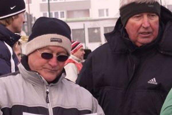 Tréner Anton Dragúň (vpravo) so svojím asistentom Miroslavom Šuškom.