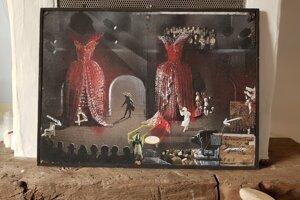 Bohušova prvá maľba sdivadelnou tematikou zéry, keď pôsobil vo zvolenskom divadle