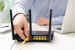 Niektoré eKasa pokladnice je možné pripojiť aj ethernetový sieťovým káblom zo smerovača (routra).