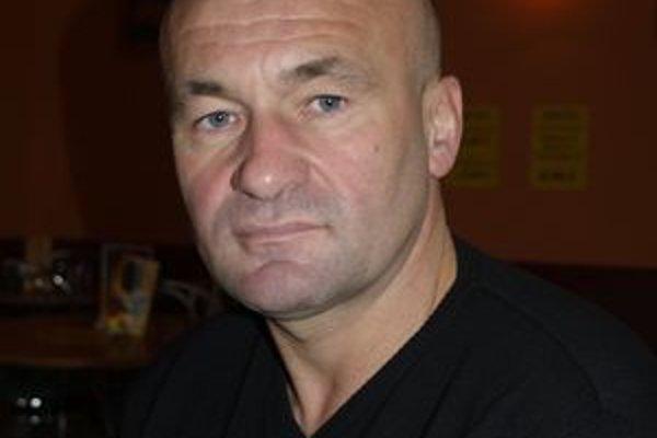 Nový lodivod LAFC Jozef Škrlík verí, že Lučenec sa opäť vyšvihne na popredné priečky v prvoligovej tabuľke.