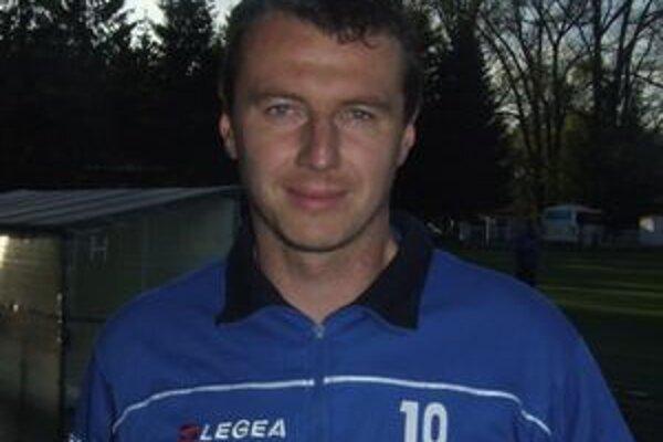 Ďalšie pôsobenie skúseného kapitána LAFC T. Boháčika v lučeneckom LAFC je zatiaľ otázne.