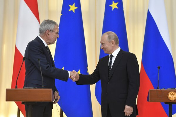 Vladimir Putin a Alexander Van der Bellen.