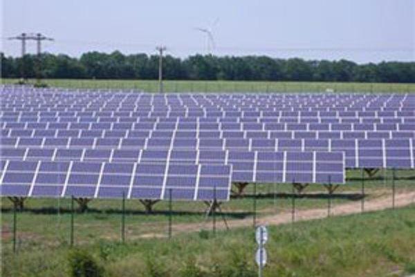 Fotovoltaická elektráreň vyrába elektrickeú energiu zo slnečného žiarenia pomocou solárnych článkov.