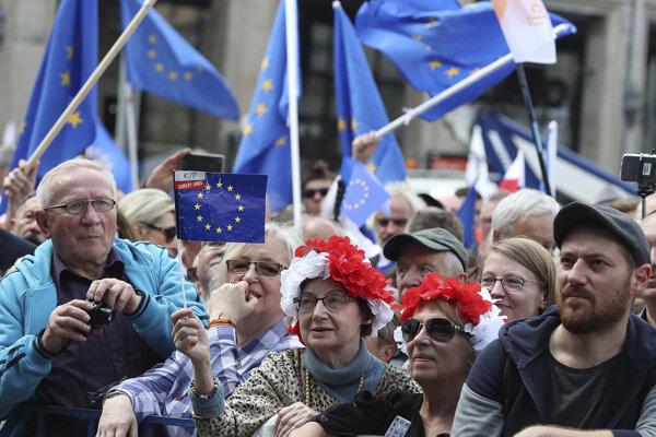Poliaci pochodovali za Európsku úniu.