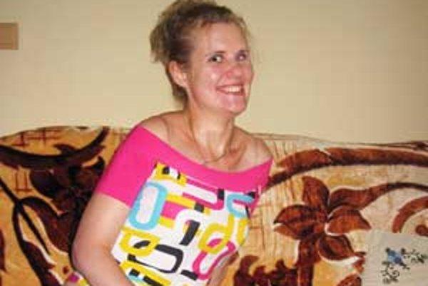 Lekáry zbanskej Bystrice vytrhli mladé dievča hrobárovi z lopaty.