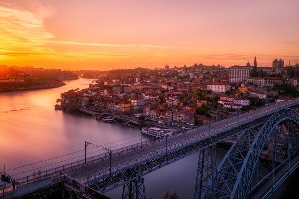 Zákutia Porta: Výhľady, mosty a portské víno (Cestopis)