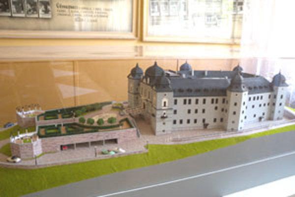 Na snímke je maketa Haličského zámku po obnove.