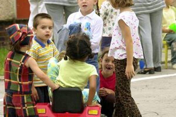 Materskú školu v Tornali navštevuje 120 detí. Hrozí, že od zajtra už bude pre ne zatvorená.