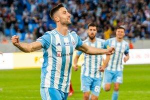 Andraž Šporar oslavuje gól  v zápase záverečného 10. kola nadstavbovej časti Fortuna ligy o titul ŠK Slovan Bratislava - ŠKF iClinic Sereď.