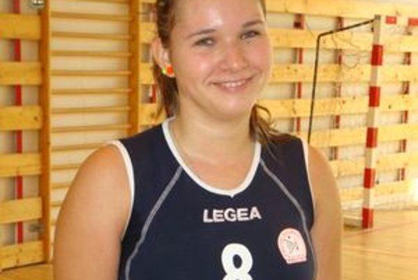 Karin Radová bola v kadetskej reprezentácii Slovenska od minulého roka, začínala v nej pod vedením trénerky Evy Bródyovej.