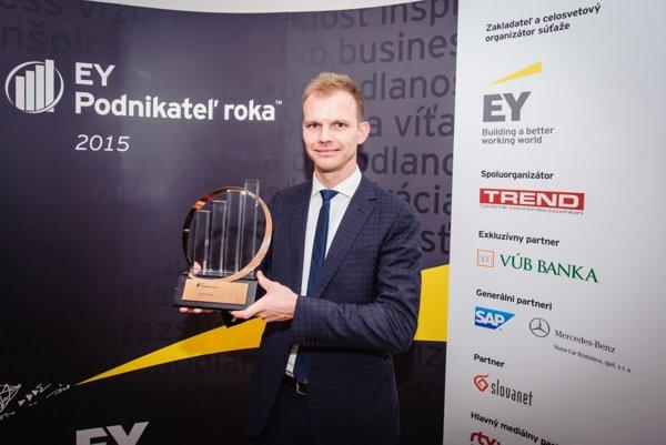 Víťaz desiateho ročníka súťaže EY Podnikateľ roka 2015 Patrick Hessel.