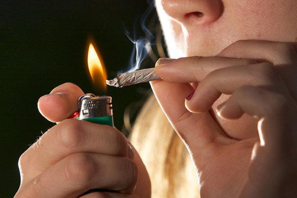 Očkovanie by v budúcnosti mohlo znížiť vašu túžbu po cigarete,