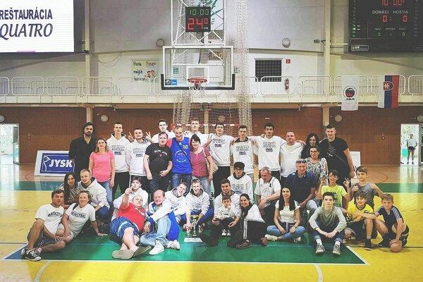 Basketbaloví juniori Považskej Bystrice nenapodobnili druhú priečku zo základnej časti.
