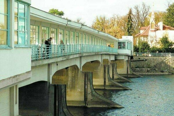 Kolonádový most začnú opravovať.