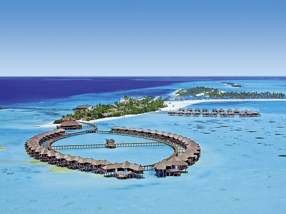 Hotel Olhuveli Beach & Spa Resort 4*, Maldivy