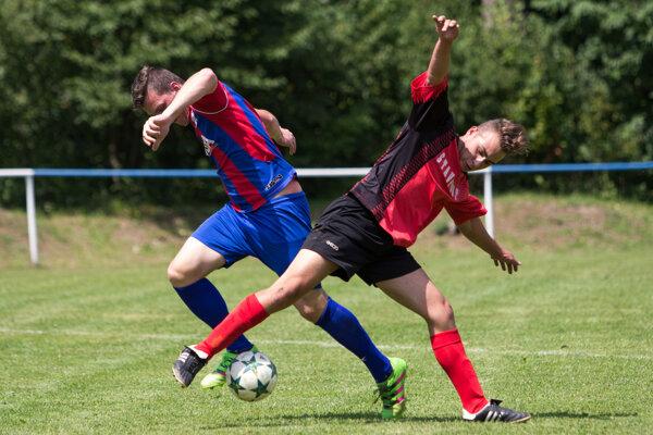 Oblastné futbalové súťaže pomaly finišujú.