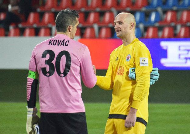 Skúsení brankári Pavel Kováč a Ján Mucha neinkasovali.