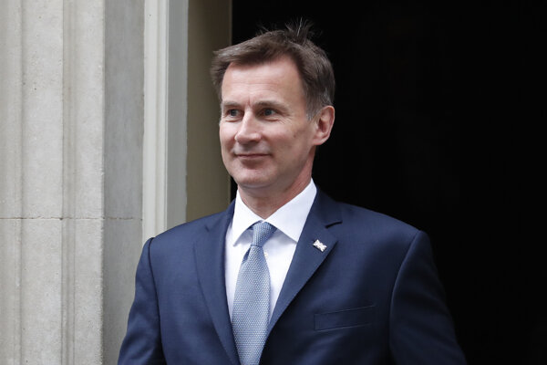 Británia poprela, že si iránske ministerstvo predvolalo jej veľvyslanca