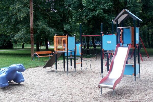 Mestský park v Senici. foto: SB