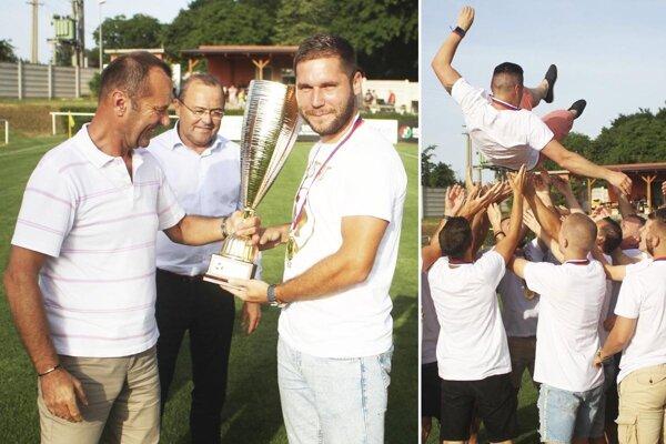 Víťazný pohár prevzal Vladimír Pleva, gratulovali mu Ladislav Gádoši a Tibor Glenda. Nad hlavami hráčov si zalietal aj Ján Štajer.