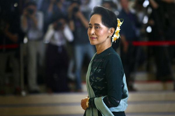 Laureátka Nobelovej ceny mieru Aun Schan Su Ťij.