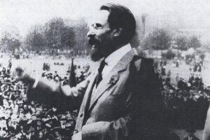 Antonín Janoušek počas prejavu.