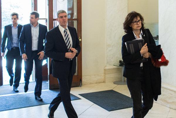Predseda Mostu-Híd Béla Bugár povedal, že zo svojich priorít presadili na rokovaniach so Smerom 90 percent.