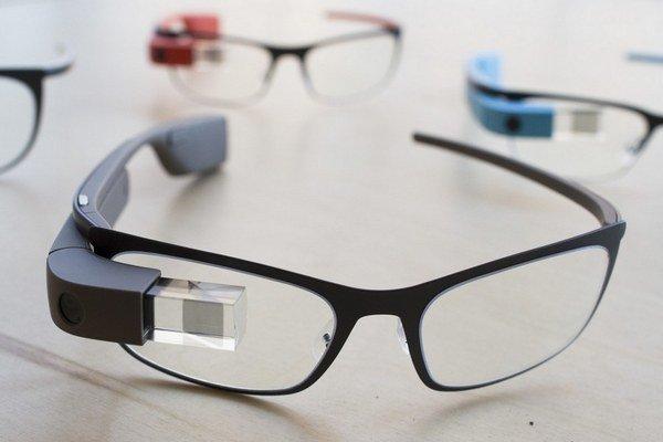 Projekt Google Glass zastavili. Znamená to koniec múdrych okuliarov?
