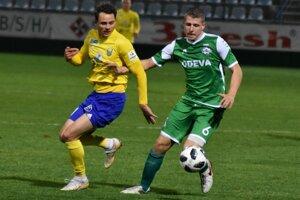 V Lipanoch už nebude pokračovať Filip Špak (vpravo), ktorému skončilo hosťovanie z Interu Bratislava.