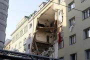 Výbuchom plynu poškodený dom vo Viedni.