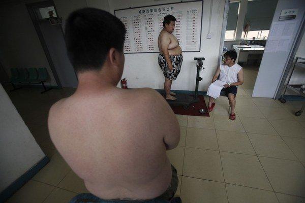 Až o osem rokov môže mladému človeku skrátiť život obezita.