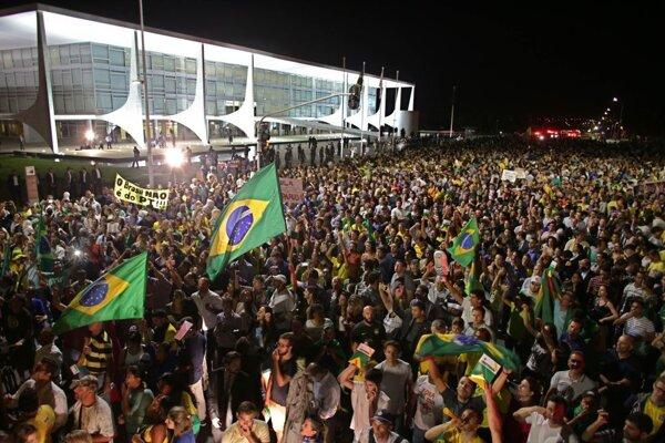 Demonštrácia v hlavnom meste Brazílie.