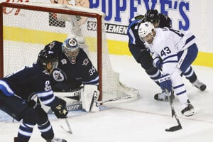 Nazem Kadri (vpravo) odohral v Toronte celú doterajšiu kariéru v NHL.
