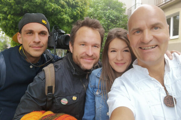 Zľava: Leo Prema (kamera), Janko Marton (námet), Denisa Šimová a Pavel Baričák (scenar, kamera, strih)