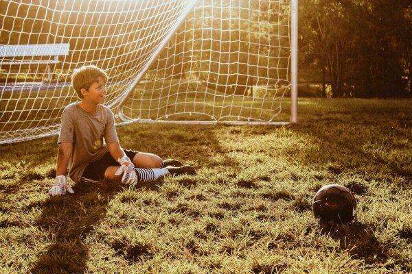 Kostra detí sa vďaka nárazom pri športe stáva odolnejšou.