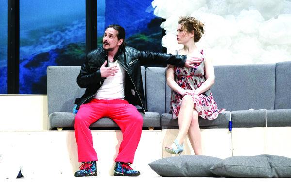 Peter Oszlík v komédii Druh: žena.