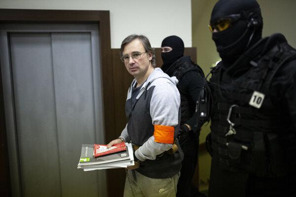 f1b16624ed5af Ruský boháč, ktorý hovorí o úplatkoch pre Kremeľ, zrejme na Slovensku  požiada o azyl