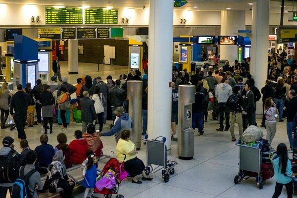 Na amerických letiskách začali kontrolovať cestujúcich prichádzajúcich z Afriky.