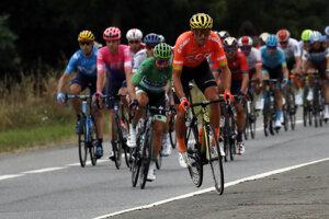 Greg Van Avermaet (v popredí) a Peter Sagan počas 12. etapy Tour de France 2019.