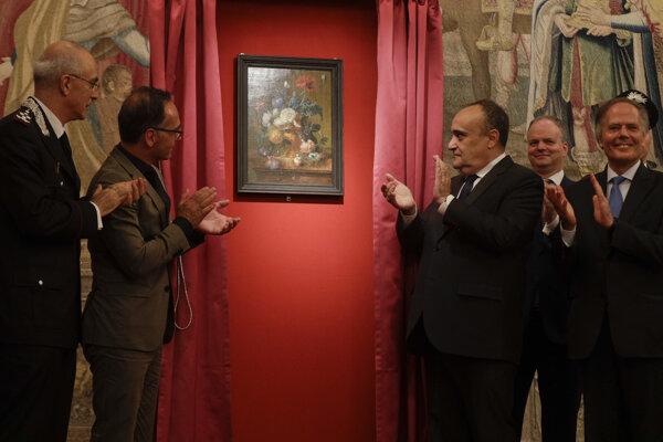 Nemecký minister zahraničných vecí Heiko Maas (vľavo) a jeho taliansky rezortný kolega Enzo Moavero.