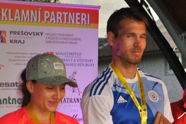 Absolútni víťazi - Timea Mihoková a Peter Mlynár.