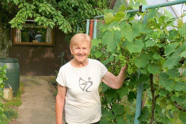 Jolana Rizmanová si život bez záhradky nevie predstaviť.