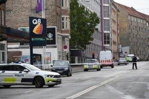 Dánska polícia vyšetruje miesto činu.