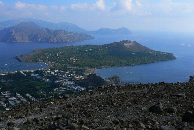 Pohľad na okolité Liparské ostrovy